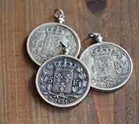 Crowned Fleur De Lis Coin Pendant - Silver