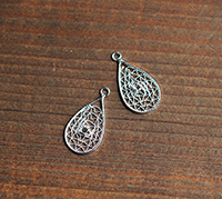 Vintage Sterling Filigree drop with Setting