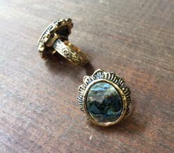 Vintage Ring with Abalone Cabochon